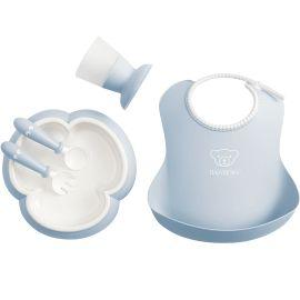 BabyBjorn - Set hranire: farfurie, lingurita, furculita, pahar si bavetica pentru bebe, Powder Blue BSAFE070067A