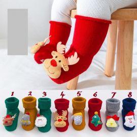 Sosetele flausate pentru bebelusi - Jucarioare de Craciun (Marime Disponibila: 6-9 luni (Marimea 19 incaltaminte), Model: 8) MBSKK147-C16
